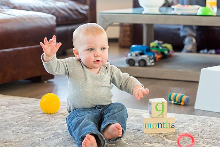 مراحل رشد کودک(ماه نهم زندگی)