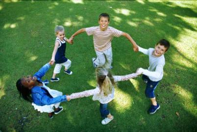 با اوقات فراغت کودکانمان چه کنيم؟