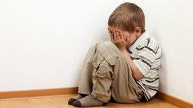 علل گوشه گیری و تنهایی در کودکان