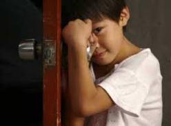 آموش نحوه ی برخورد با مشکلات و مسائل کمرویی کودکان
