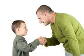 چه کسی باید بچه را تربیت کند؟پدر یا مادر؟