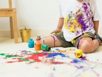 مقایسه نقاشی کودکان طلاق در برابر کودکان عادی