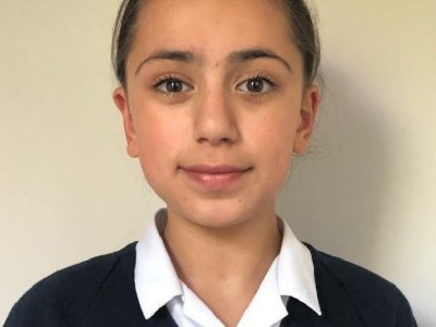 تارا شریفی موفق به گرفتن نمره هوشي ١٦٢ در آزمون هوش سازمان منسا شد