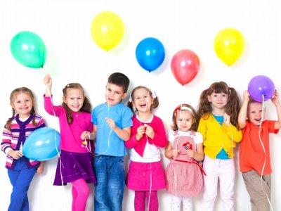 چگونه فرزندانی شاد تربیت کنیم؟