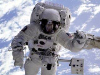 حال فضانوردان پس از فرود به زمين چگونه است