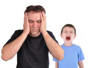 وقتی کودک روی اعصاب است چه واکنشی بايد نشان داد؟