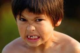 مواردی که احساس کودک راسرکوب می کند