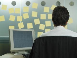 مدیریت الکترونيکی ارتباطات مشتريان