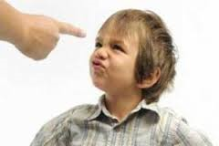8 طرز فکر بسیار اشتباه والدین!