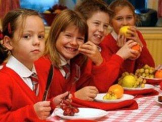 ترفندهايی برای دادن ميوه و سبزی به کودکان