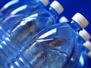 چند توصيه مهم درباره ظروف آب معدنی!