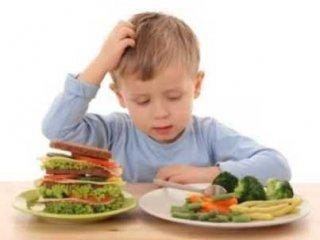 اگر فرزندتان لب به گوشت و مرغ نمیزند