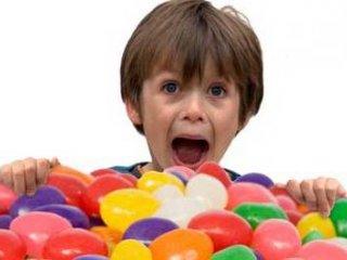 کودک بيش فعال را چگونه مهار کنيم؟