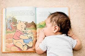 چگونه كودكانمان را با كتابخواندن مأنوس كنيم