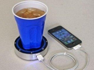 شارژ تلفن همراه با چای و نوشابه