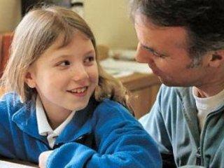 با کودک کنجکاو چگونه رفتار کنيم؟