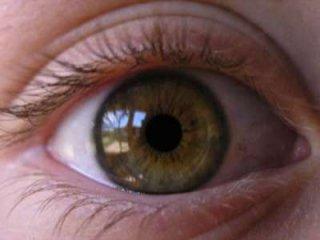 استفاده از مردمک چشم برای پاسخ به سوالات!