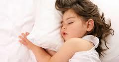 بچه ها از چه سنی باید تنها بخوابند ؟