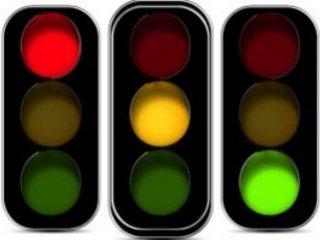 چرا چراغ راهنمايی قرمز ، سبز و زرد است؟