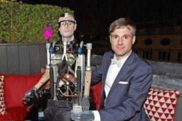 ساخت مرد مصنوعی کامل يک ميليون دلاری!